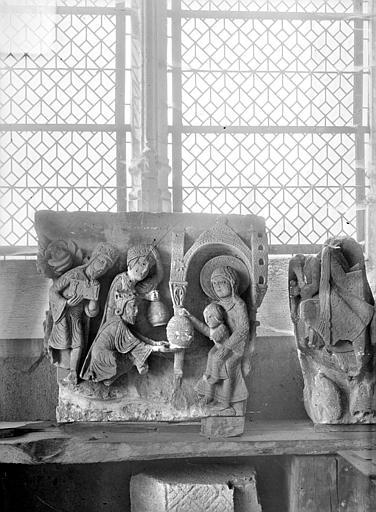 Chapiteau déposé : Adoration des Mages