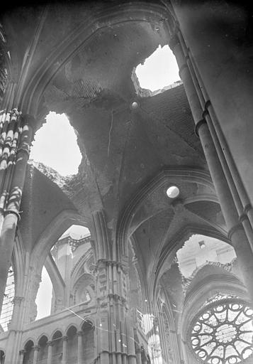 Voûtes de la croisée du transept, du choeur et transept sud