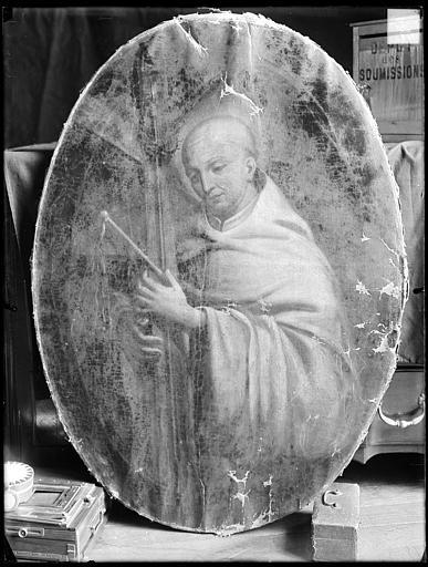 tableau, cadre : saint Bernard portant les instruments de la Passion