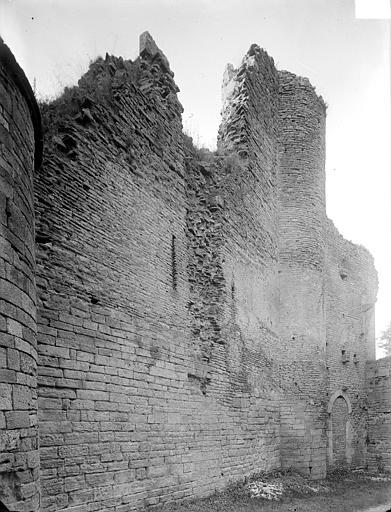 Façade sud : mur extérieur