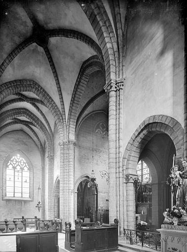 Vue intérieure du transept et du choeur