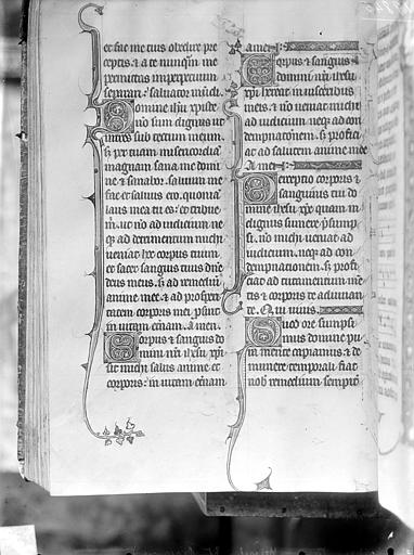 Manuscrit sur velin : Missel d'Etienne Becquard, archevêque de Sens (1292-1308)