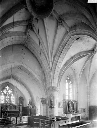 Vue intérieure du choeur et de la chapelle sud