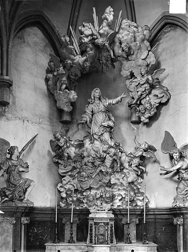 Groupe sculpté de la chapelle de l'Assomption : L'Assomption