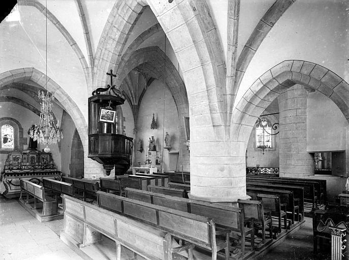 Vue intérieure du transept sud, vers le nord-est