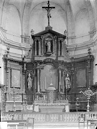 Maître-autel et retable. Maître-autel et retable (ensemble)