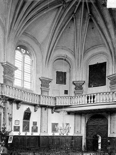Vue intérieure de la nef, vers le sud-ouest