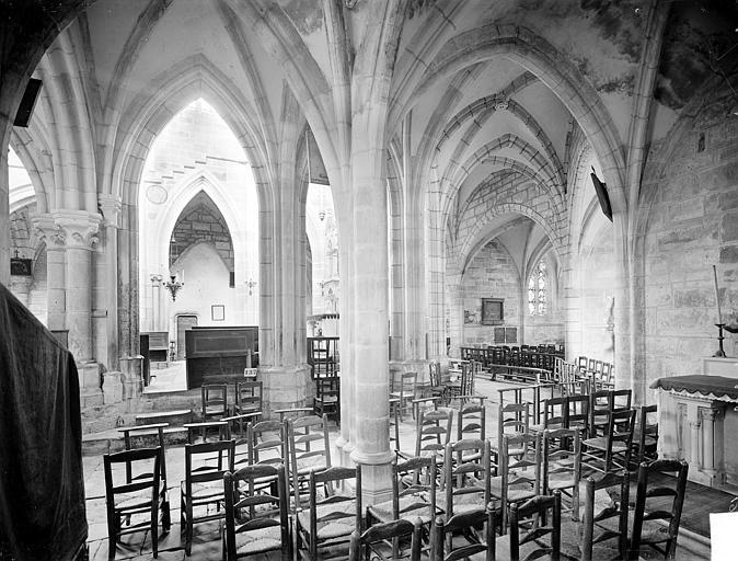 Vue intérieure de la chapelle nord vers le choeur