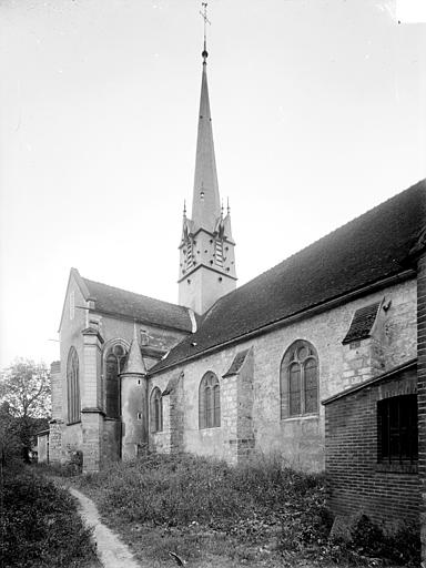 Façade nord en perspective : Transept et clocher