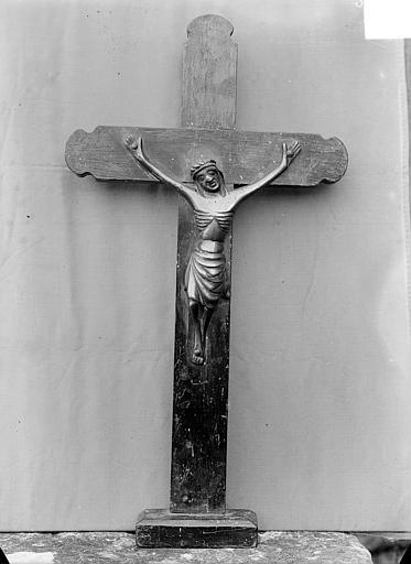 Statue d'applique en cuivre : Christ en croix