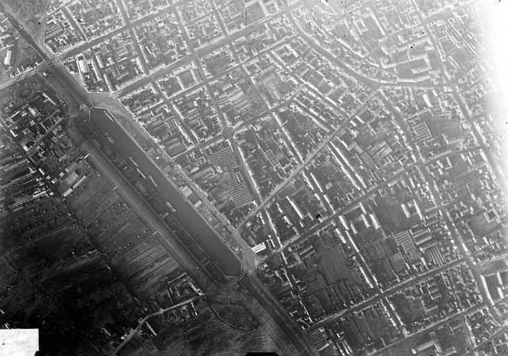Vue aérienne du quartier du port