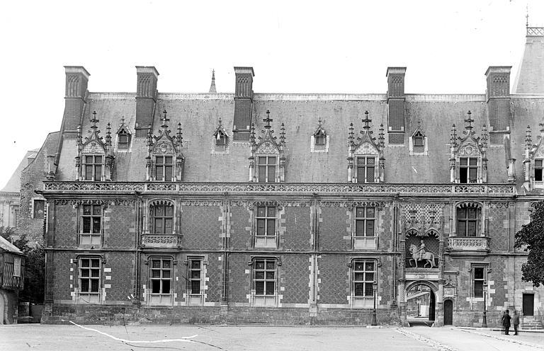 Aile Louis XII : Façade extérieure