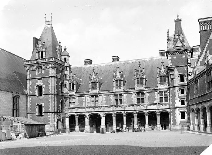 Aile Louis XII, côté cour : Vue d'ensemble