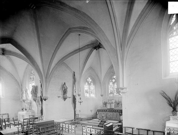 Vue intérieure du transept et du choeur, vers le nord-est