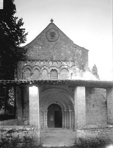 Eglise Saint-Cézaire