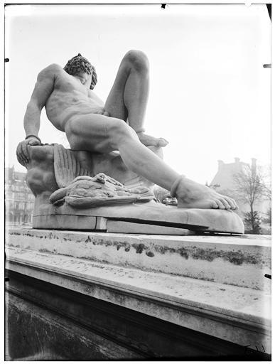 Statue de Prométhée