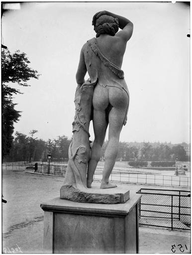 Statue de Bacchus