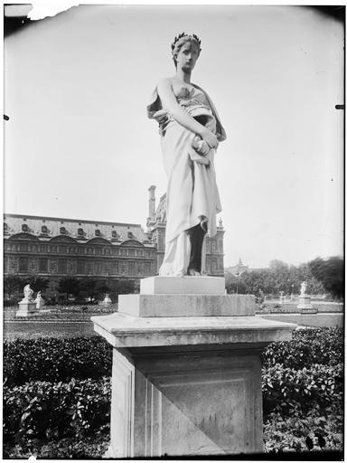 Statue d'Elégie