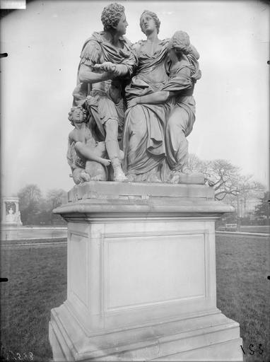 Statue d'Arria et Poetus, la mort de Lucrèce