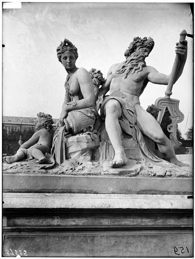 Statue de la Loire et du Loiret