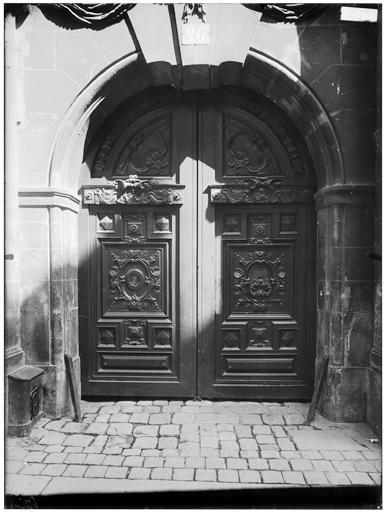 Vantail du portail