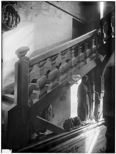Vue intérieure de l'escalier