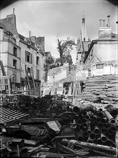 Vue de maisons en démolition