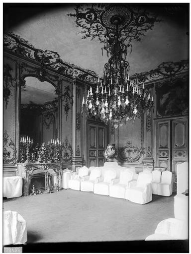 Salon, lambris