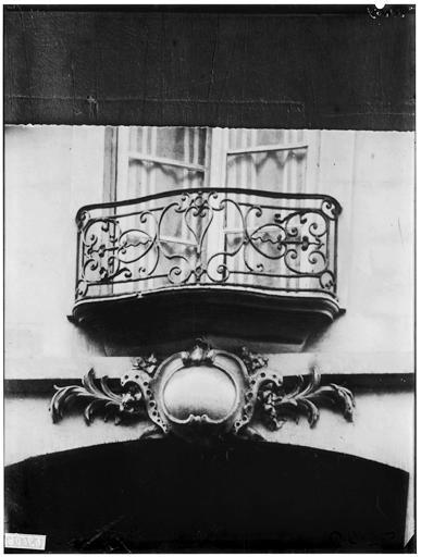 Vue du balcon en ferronerie