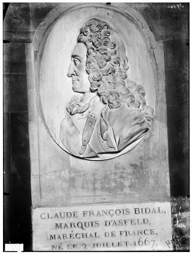 Tombeau du marquis d'Asfeld, Bidal, Claude François