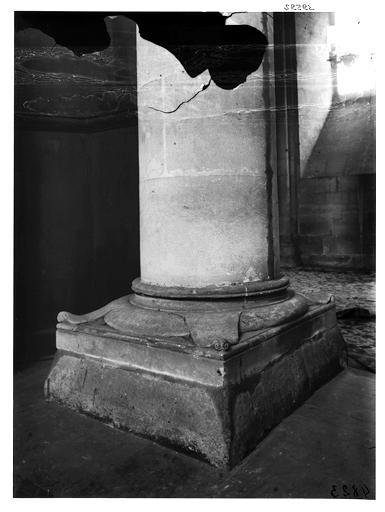 Base d'une colonne