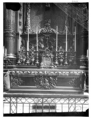 Autel, chapelle du Sacré-Coeur