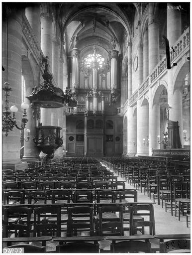Nef et buffet d'orgue