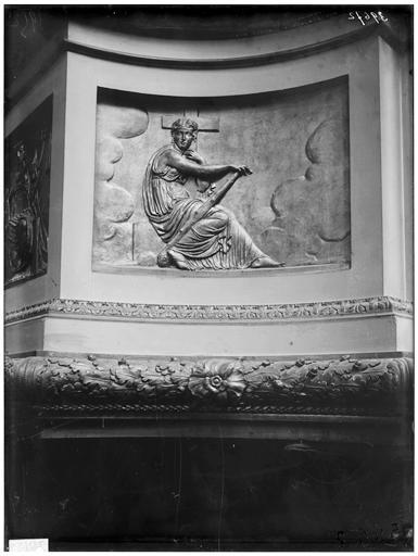 Chaire, détail : bas-relief