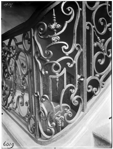 Rampe d'escalier en fer