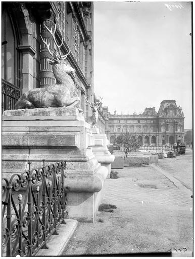 Cour du Carrousel, pavillon Turgot, pavillon de Sully