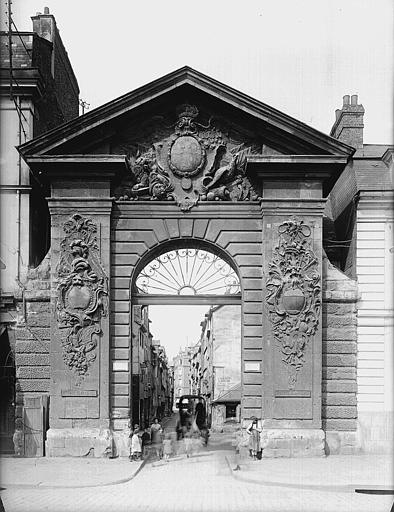 Porte Guillaume-Lion