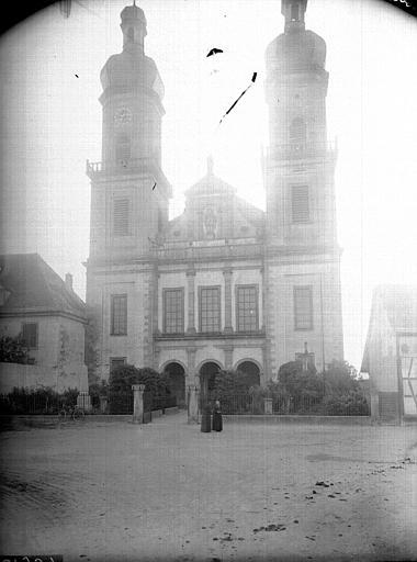 Abbaye de bénédictins Saint-Maurice