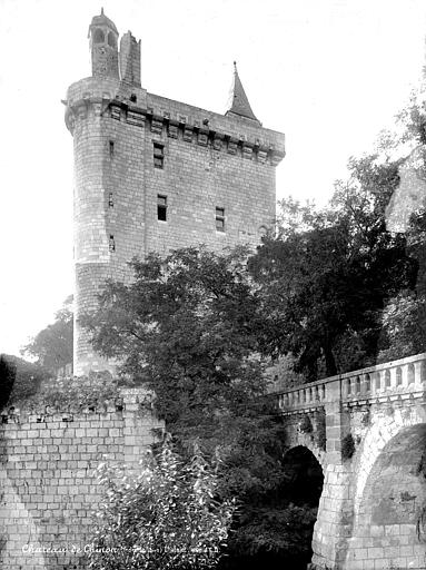 Château Saint-Georges Saint-Martin dit Château Royal, château fort