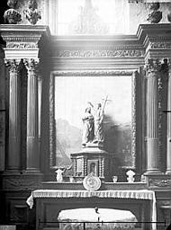Bas-côté sud, autel