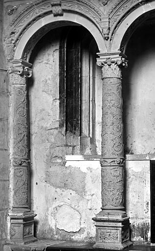 Prieuré Saint-Pierre, Abbaye de Bénédictins dite Abbaye de Solesmes.