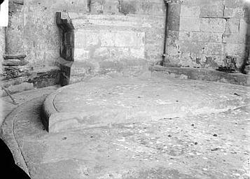 Autel en pierre