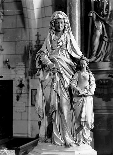 Statue de sainte Anne et la Vierge en terre cuite