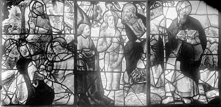 Vitrail, fenêtre E, panneaux supérieurs