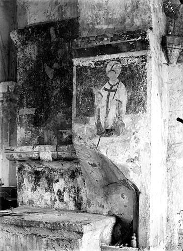Nef, pilier sud près du transept, peinture murale