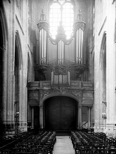 Portail, revers et buffet d'orgue vu de face