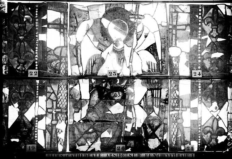 Vitrail, abside, fenêtre du Christ