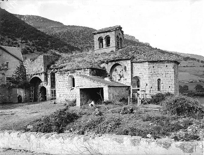 Chapelle au bord de la route