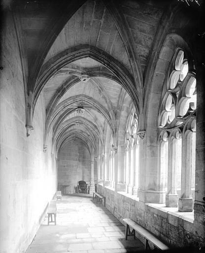 Galerie, intérieur