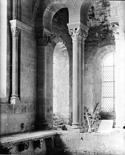 Triforium, travées, intérieur